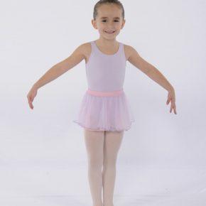 FVAD ballet student in dress codes