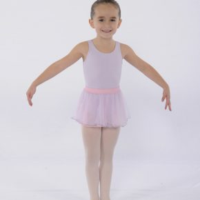 FVAD ballet student in dress codes