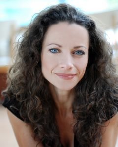 Stephana Arnold - headshot