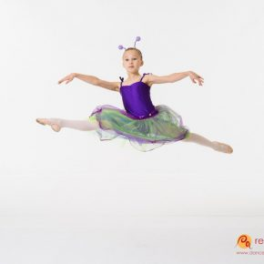 Anna jumping in purple tutu dress show 2016